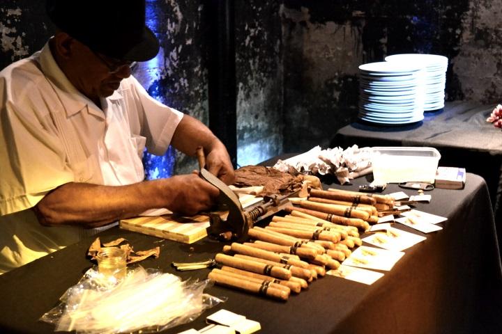 Cuban Cigar Roller