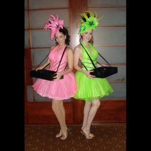 cig-girld-pink-green-s